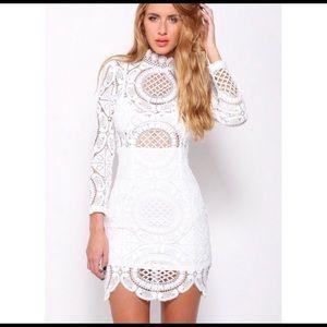 Gorgeous white lace dress!